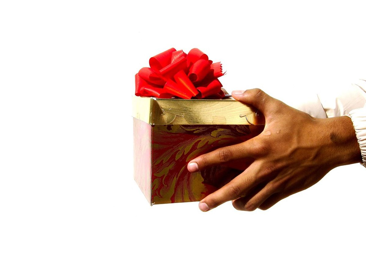 6 Worst Mistakes People Make When Giving Gifts