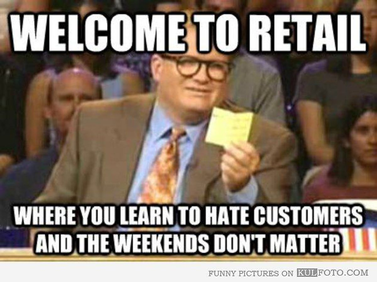 11 Problems Retail Workers Face During the Holidays
