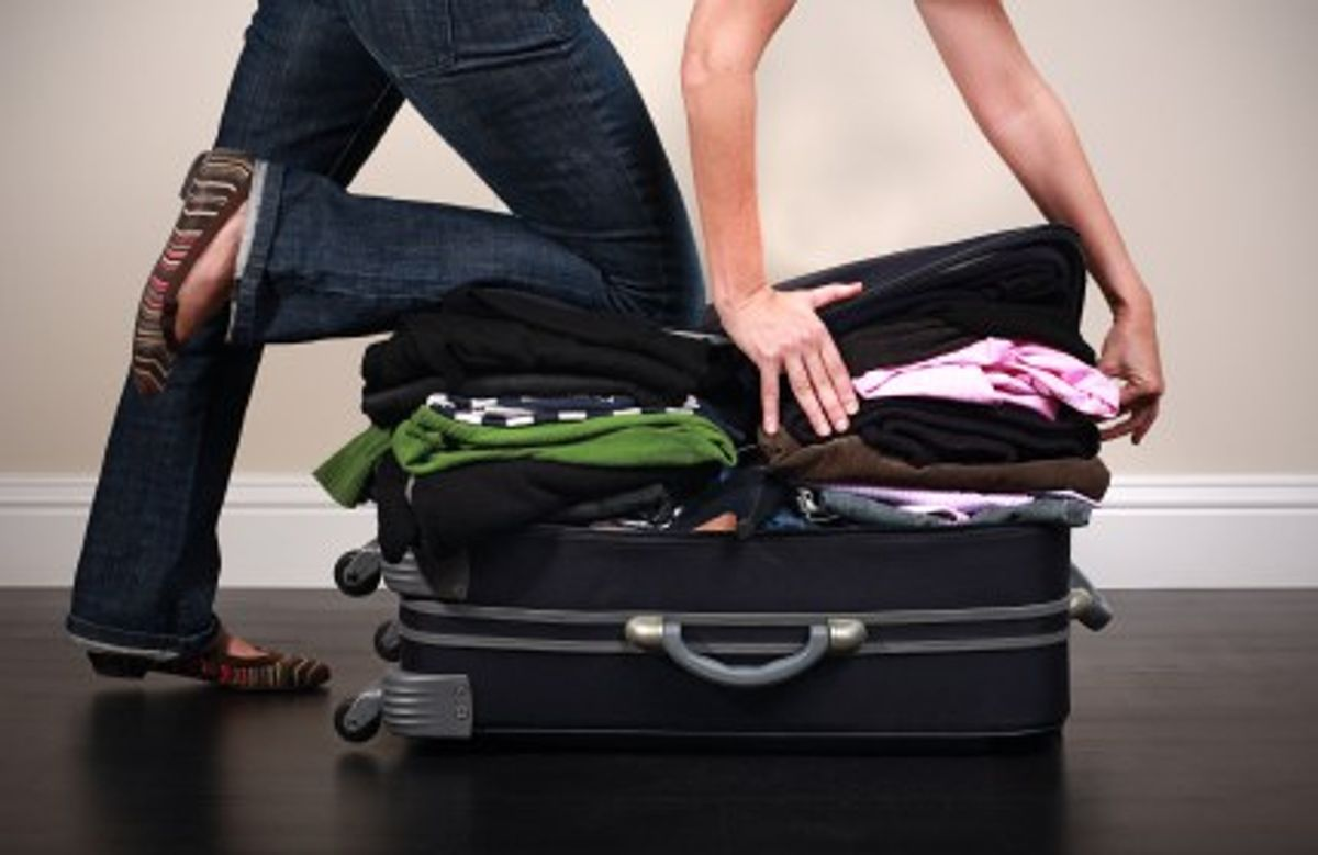 12 Signs You Live On A Suitcase Campus