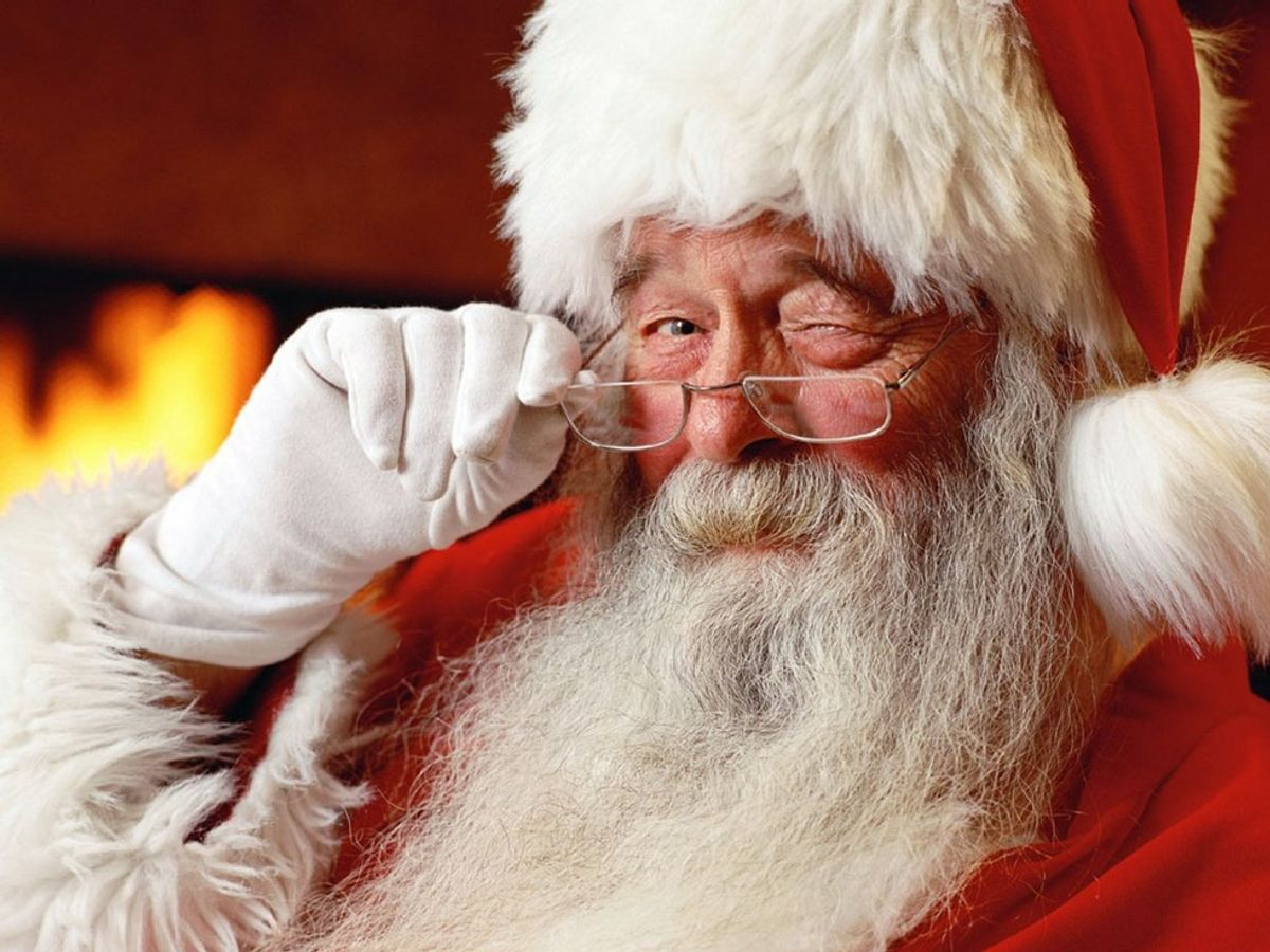 12 Thoughts We All Had When We Learned Santa Wasn't Real