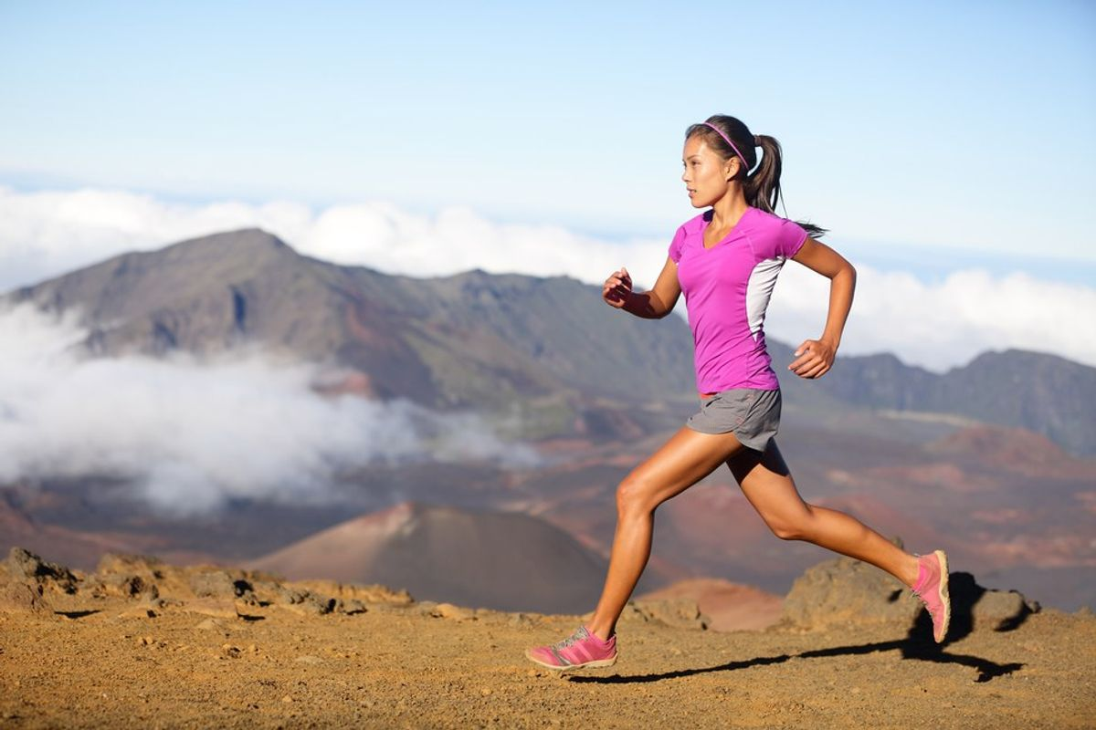 Subconscious Thoughts Everyone Has While Running On Campus