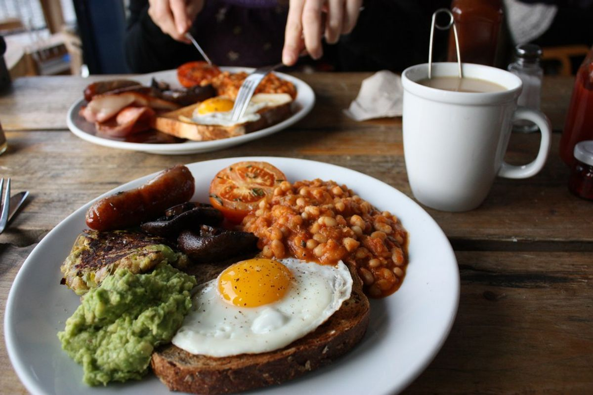 5 Reasons Why Breakfast Dates Trump Dinner Dates Anyday