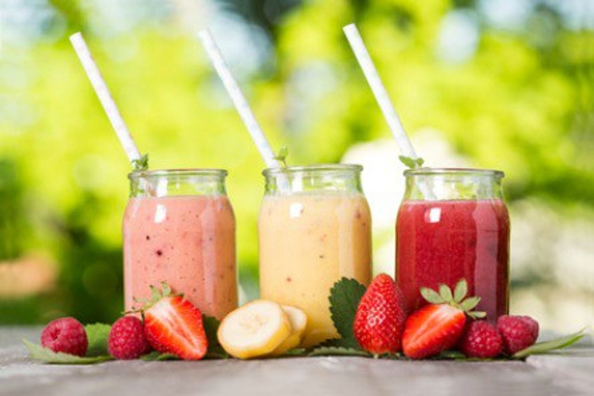 Smoothie Mania: 5 Healthy Smoothie Recipes