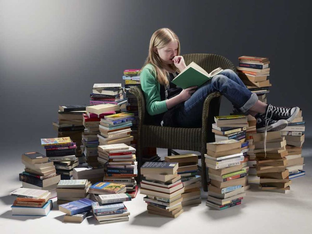 20 Essential Books to Read According To English Majors