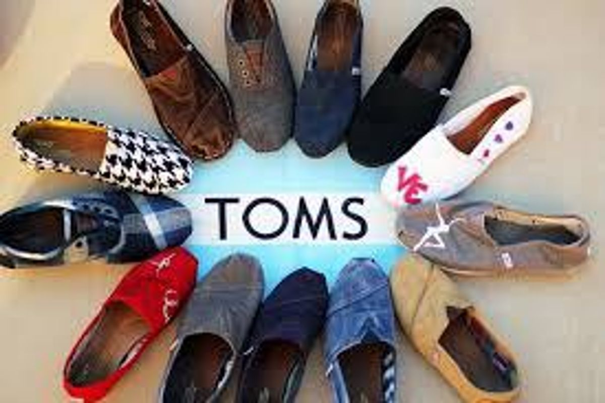 5 Reasons Why Toms Are The Best Shoes