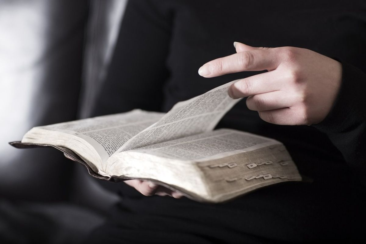 15 Bible Verses For The Control Freak