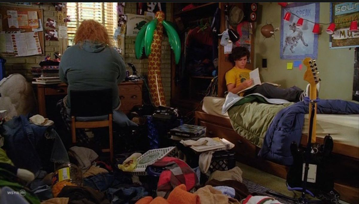12 Facts You Know If You Live In A College Dorm