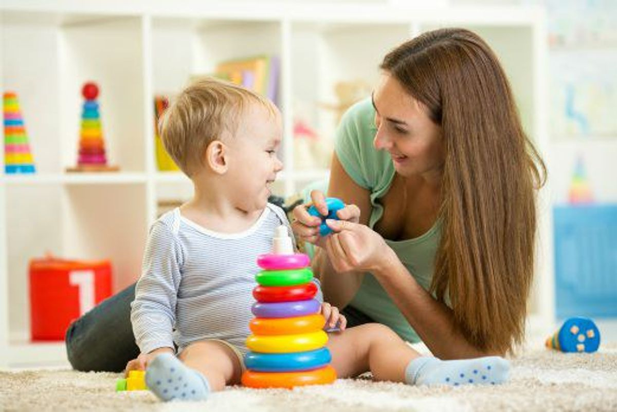 Why I Recommend A College Student Be A Part-Time Nanny