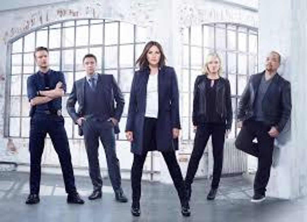 17 Signs That You're Addicted to Law and Order: SVU