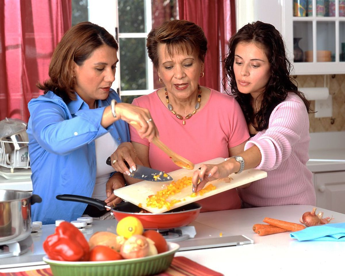 10 Things Women Who Can't Cook Know To Be True