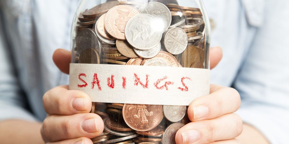 10 Ways To Save Money For The Savvy Student