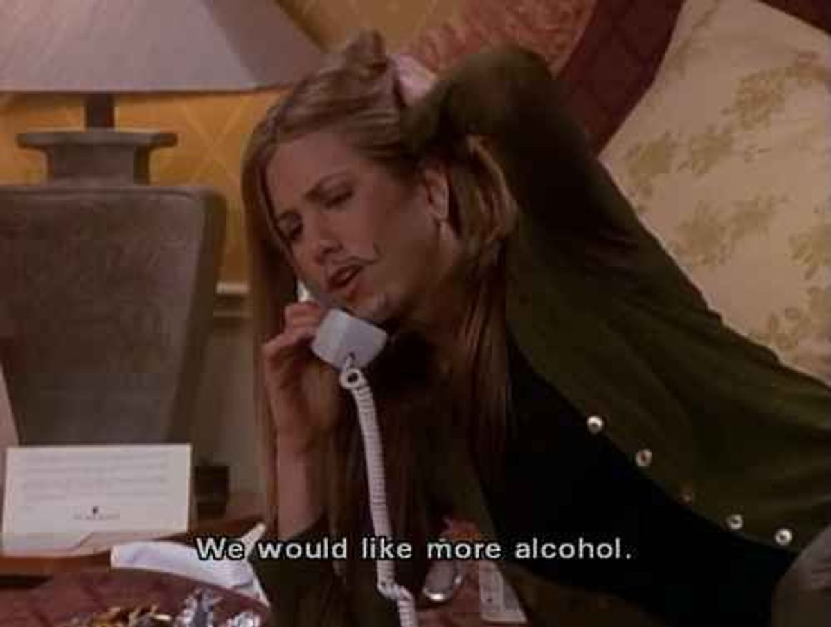 19 Stages Of The End Of The Semester Told By Rachel Green