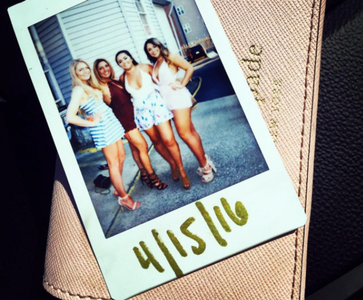 11 Struggles Of Being Seperated From Your College BFF's For The Summer