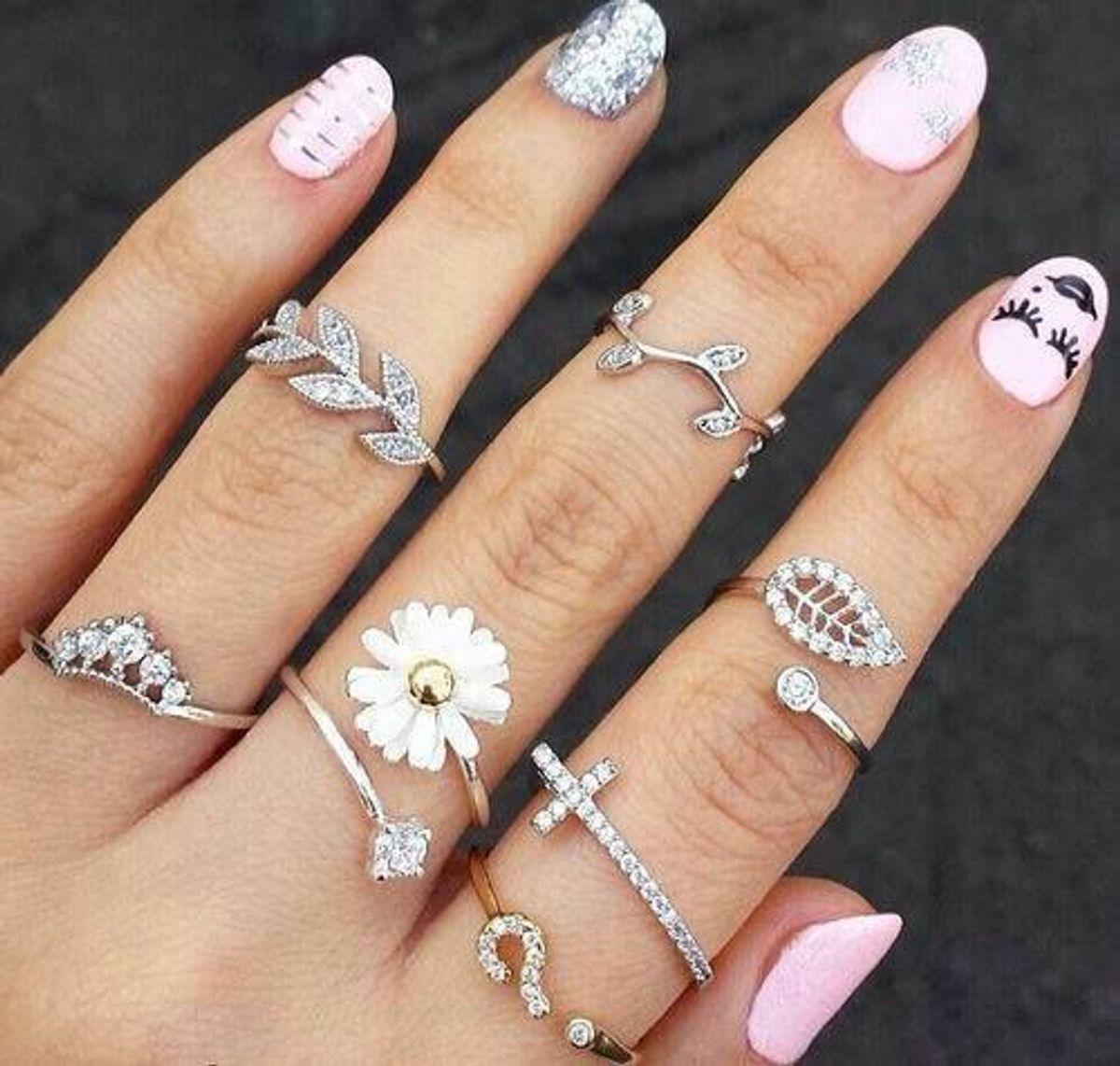 Stop Telling Unmarried Women Not To Wear A Ring on Their Left Hand Ring Finger