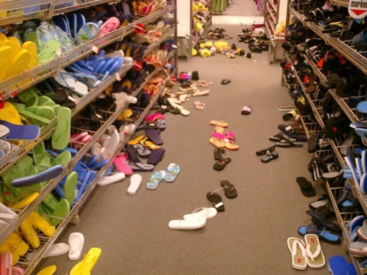 Confessions Of A Retail Worker