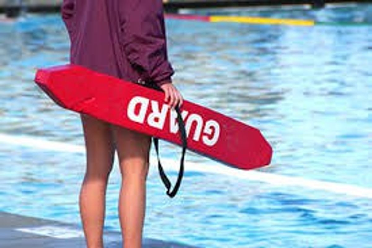The Pros And Cons Of Being A Lifeguard