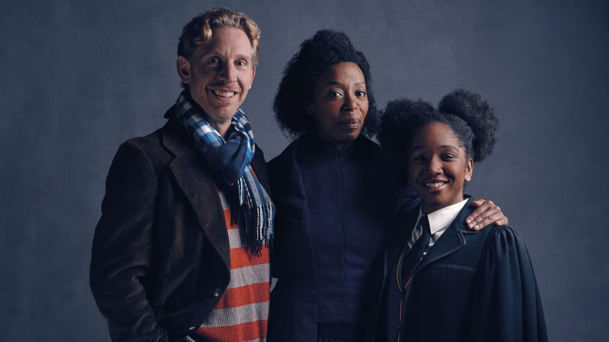 Controversy About 'Harry Potter And The Cursed Child'?! Not here!