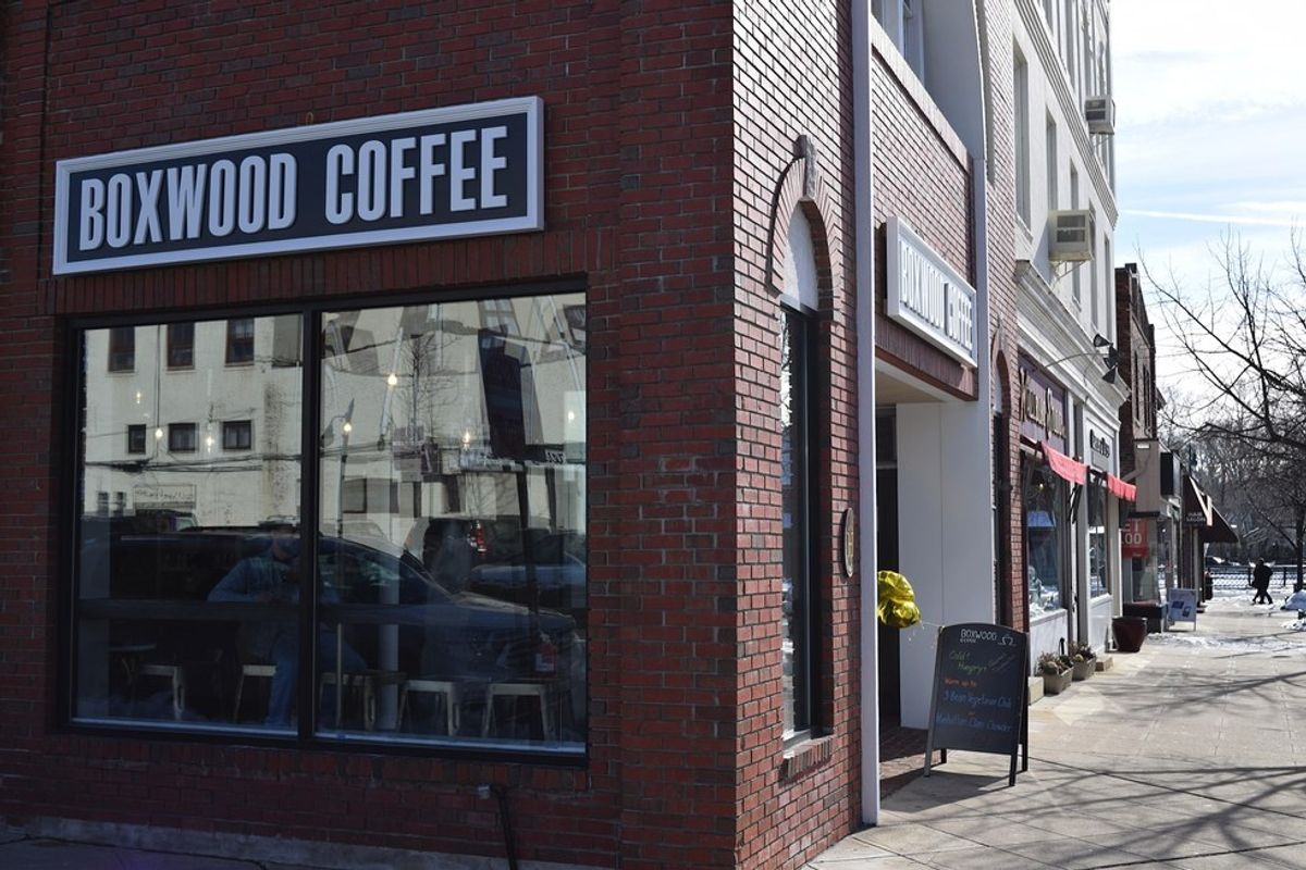 5 Perks Of Local Coffee Shops