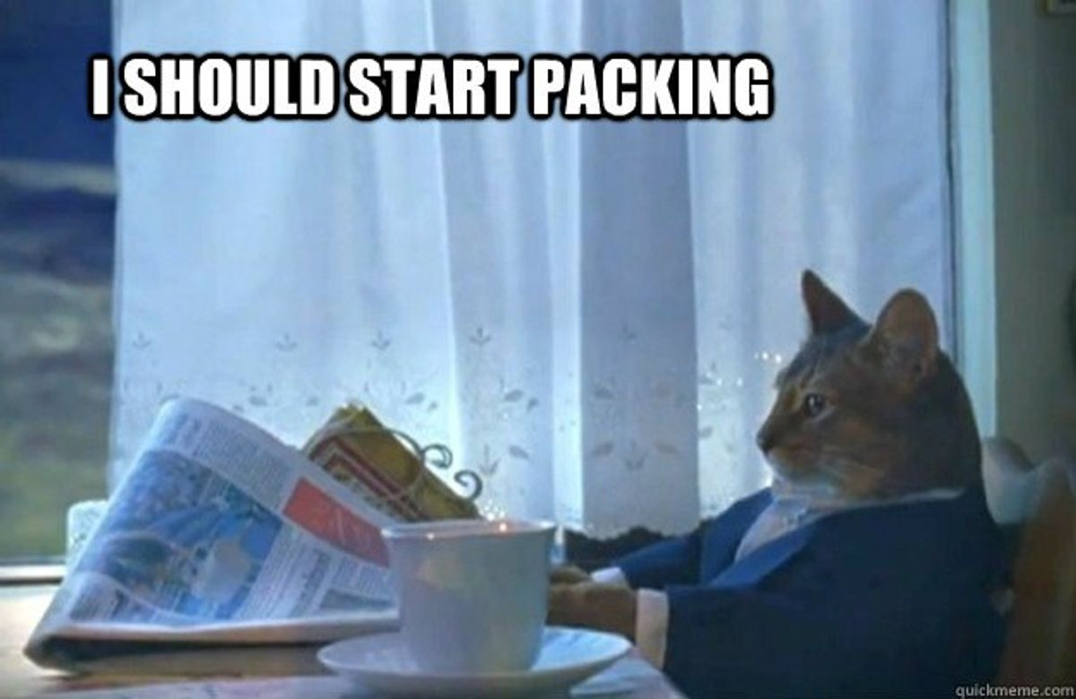 16 Struggles Of Packing For A Summer Internship