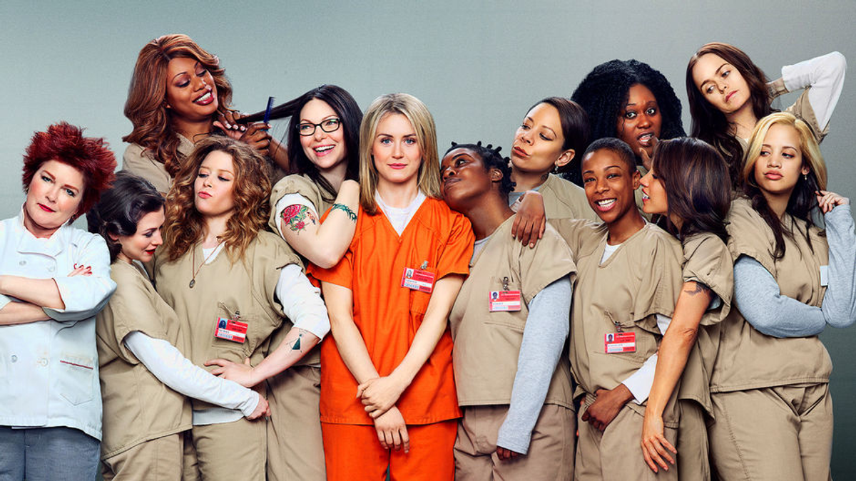 9 Stages Of Watching OITNB Season 4