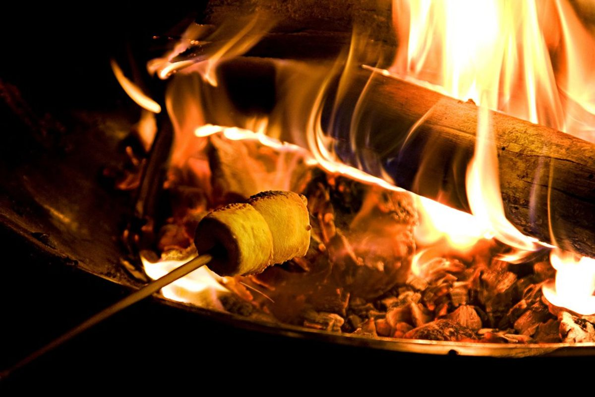5 Reasons You Should Have A Bonfire This Summer