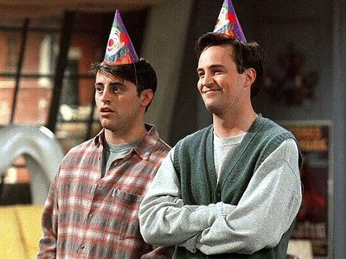 15 Reasons To Live With An Older Housemate