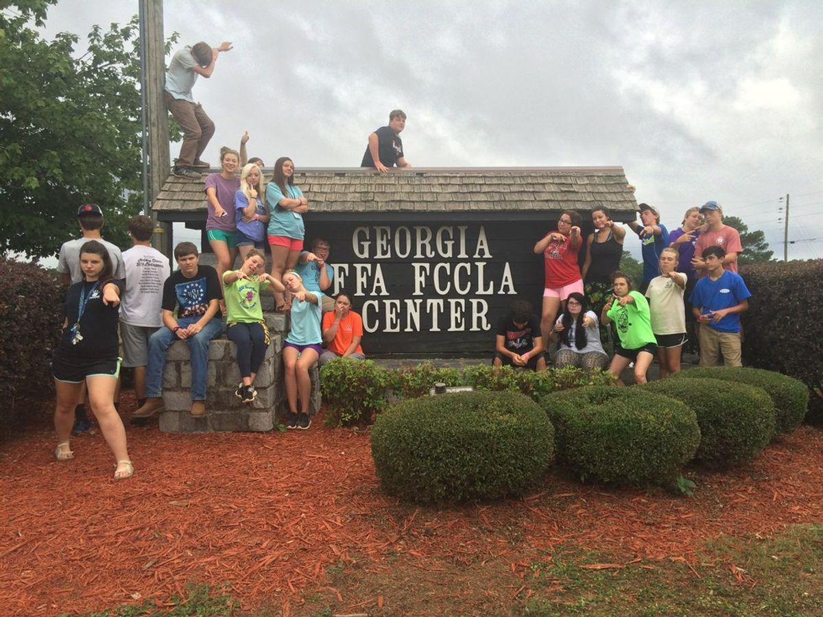 Why Your Child Should Go To Summer Leadership Camp