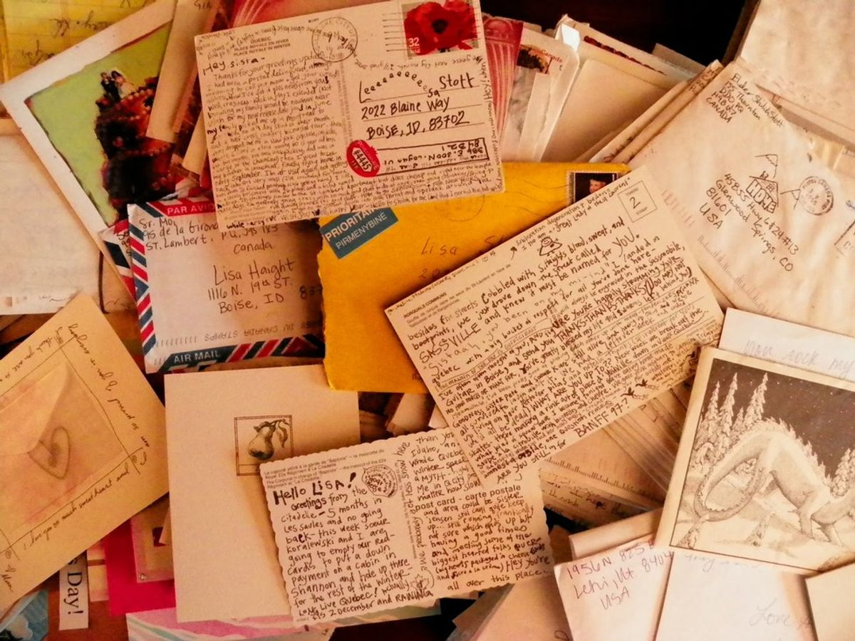 5 Reasons A Handwritten Letter Is Better Than Any Text