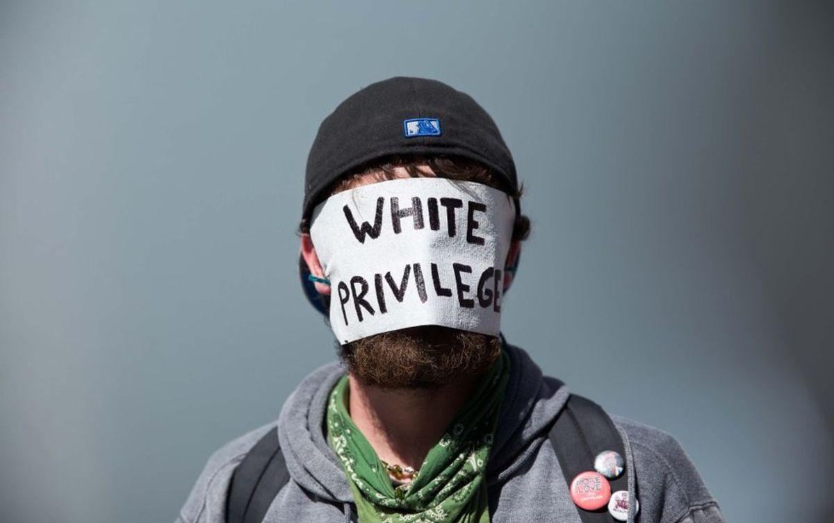 #BlackLivesMatter: A Guide For Confused White People