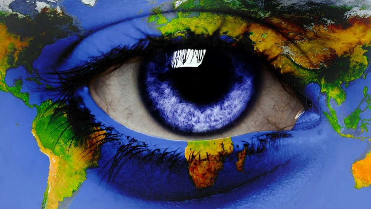 12 Facts About Blue Eyes You Don't Know