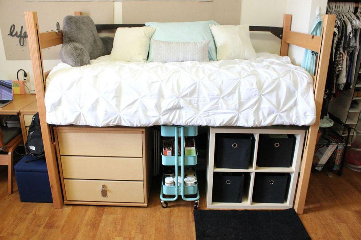 5 Tips For Dorm Organization