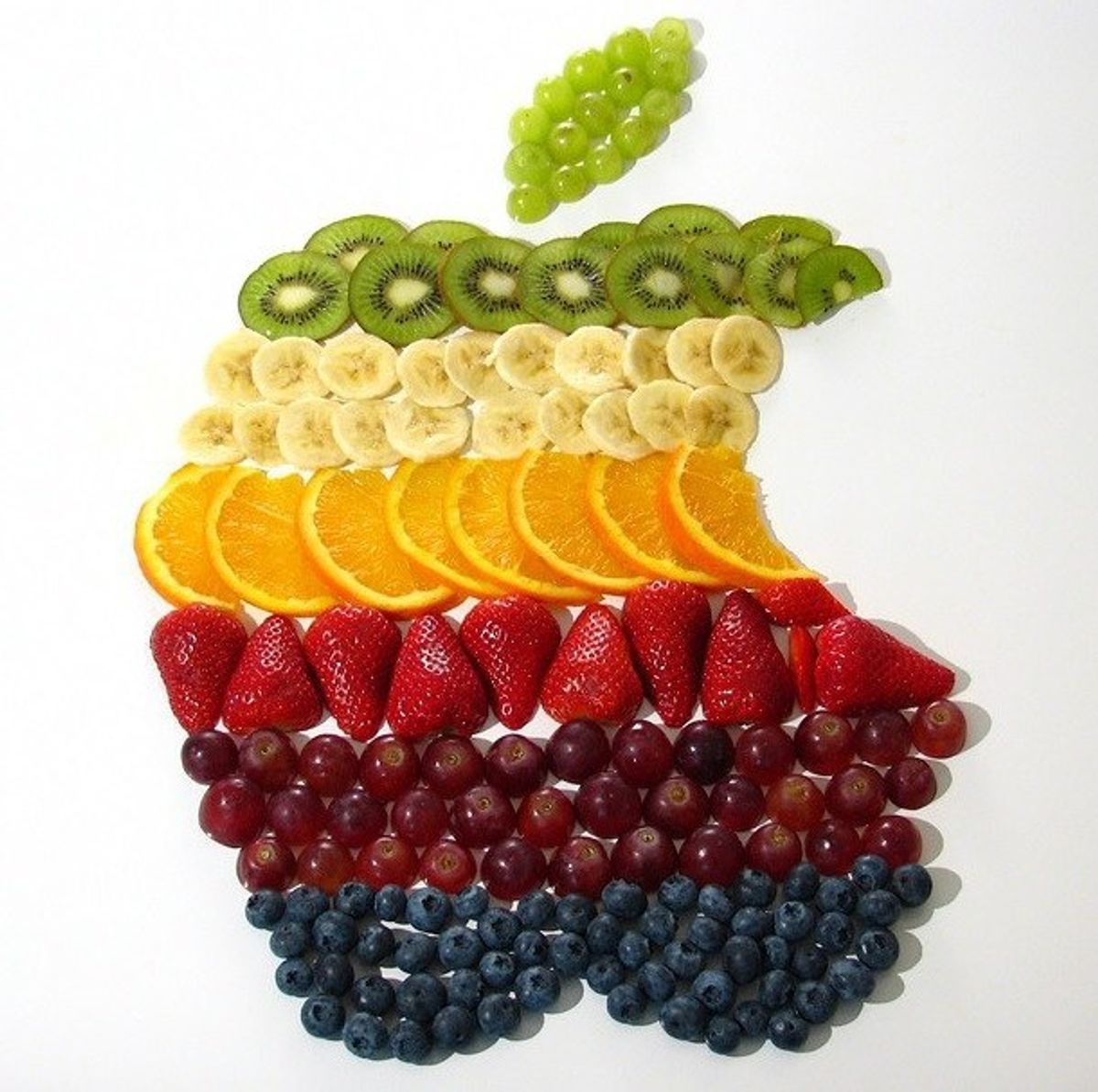 8 Healthy On-The-Go Snacks For Summertime