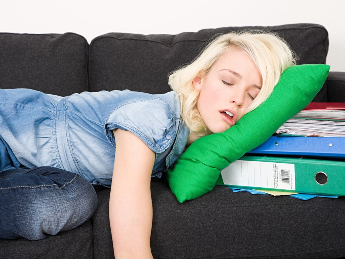 19 White Lies We Tell Ourselves In College