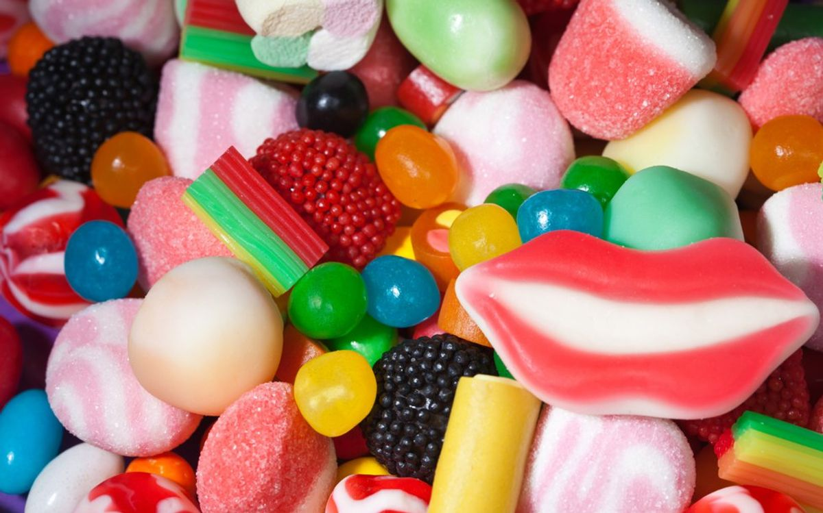 20 Of Your Favorite '90's Candies