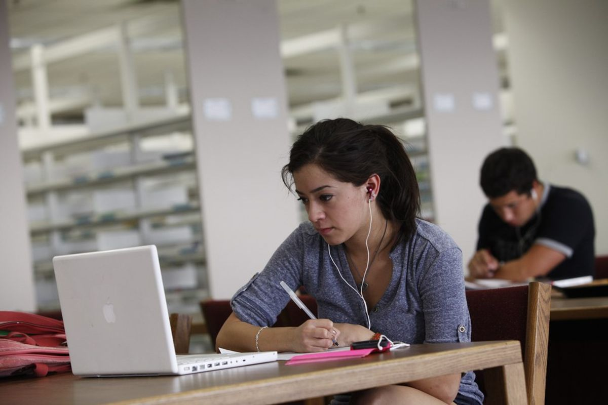The Scientific Benefits To Listening To Music While Studying