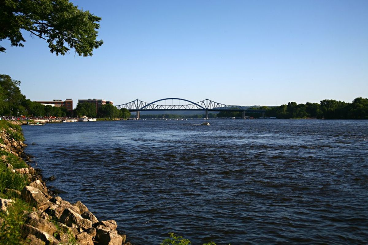 13 Signs You Grew Up In La Crosse, Wisconsin