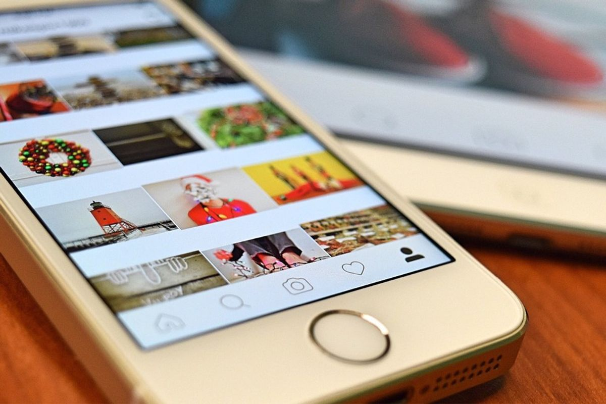 10 PEOPLE YOU HAVE TO FOLLOW ON INSTAGRAM