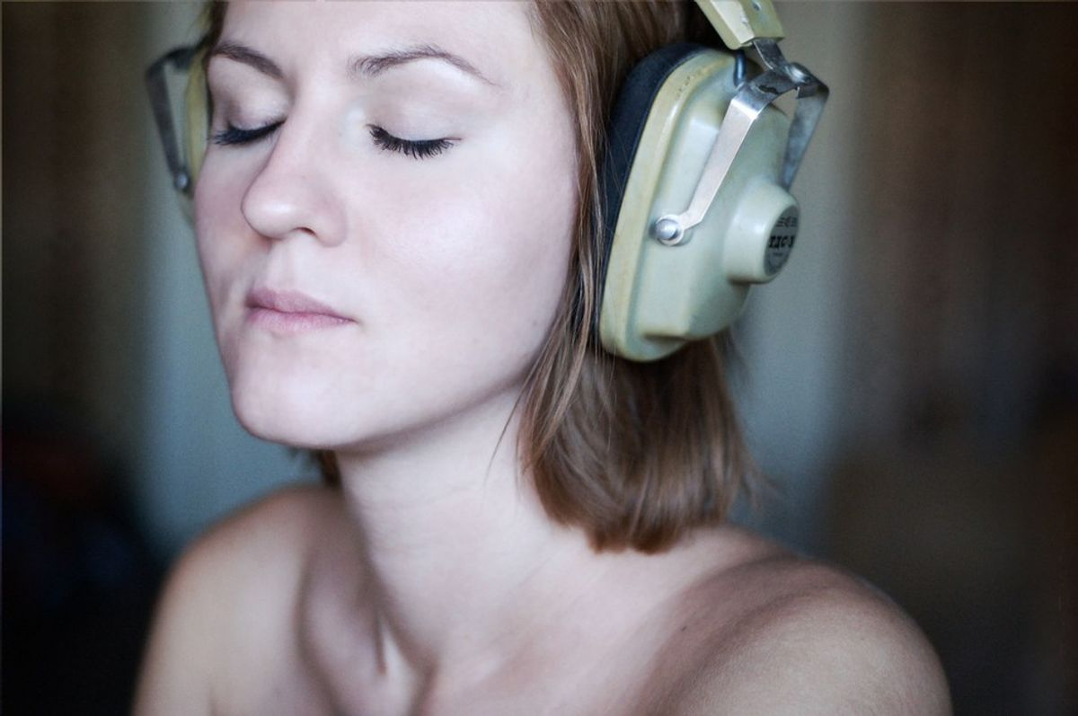 How ASMR Is Helping With My Anxiety
