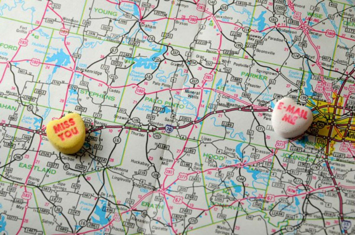 11 Do's And Don'ts Of A Long Distance Relationship