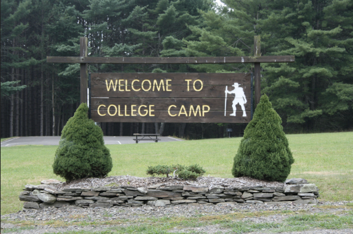 8 Reasons Why College Is A Lot Like Jewish Summer Camp
