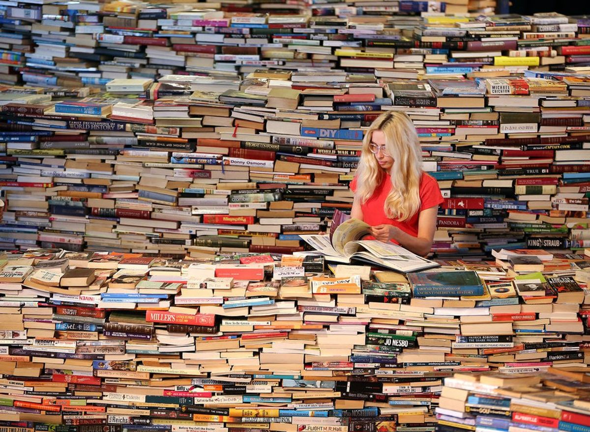 Why I Do All the Reading For Class (And Why You Should Too!)