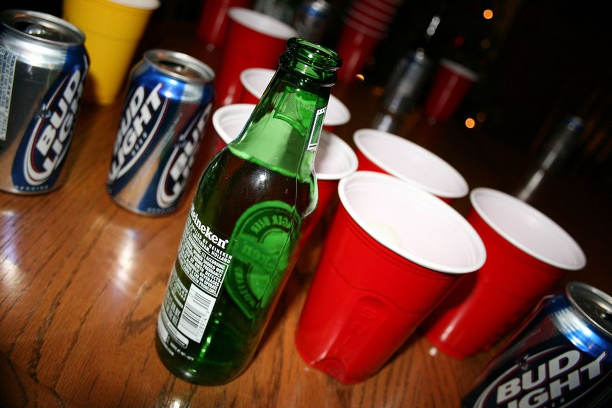 10 Reasons Why You Should Party In College