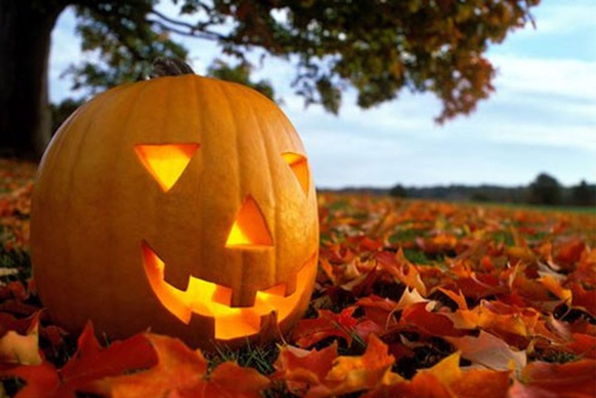 4 Things Everyone Has To Do Before Halloween