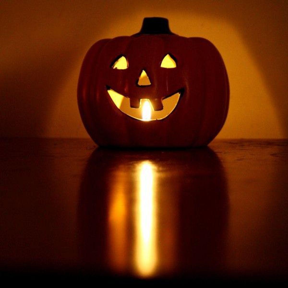 12 Easy Last Minute Halloween Costume Ideas