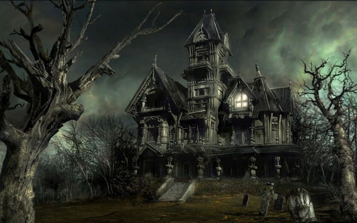 Top 7 Haunted Houses