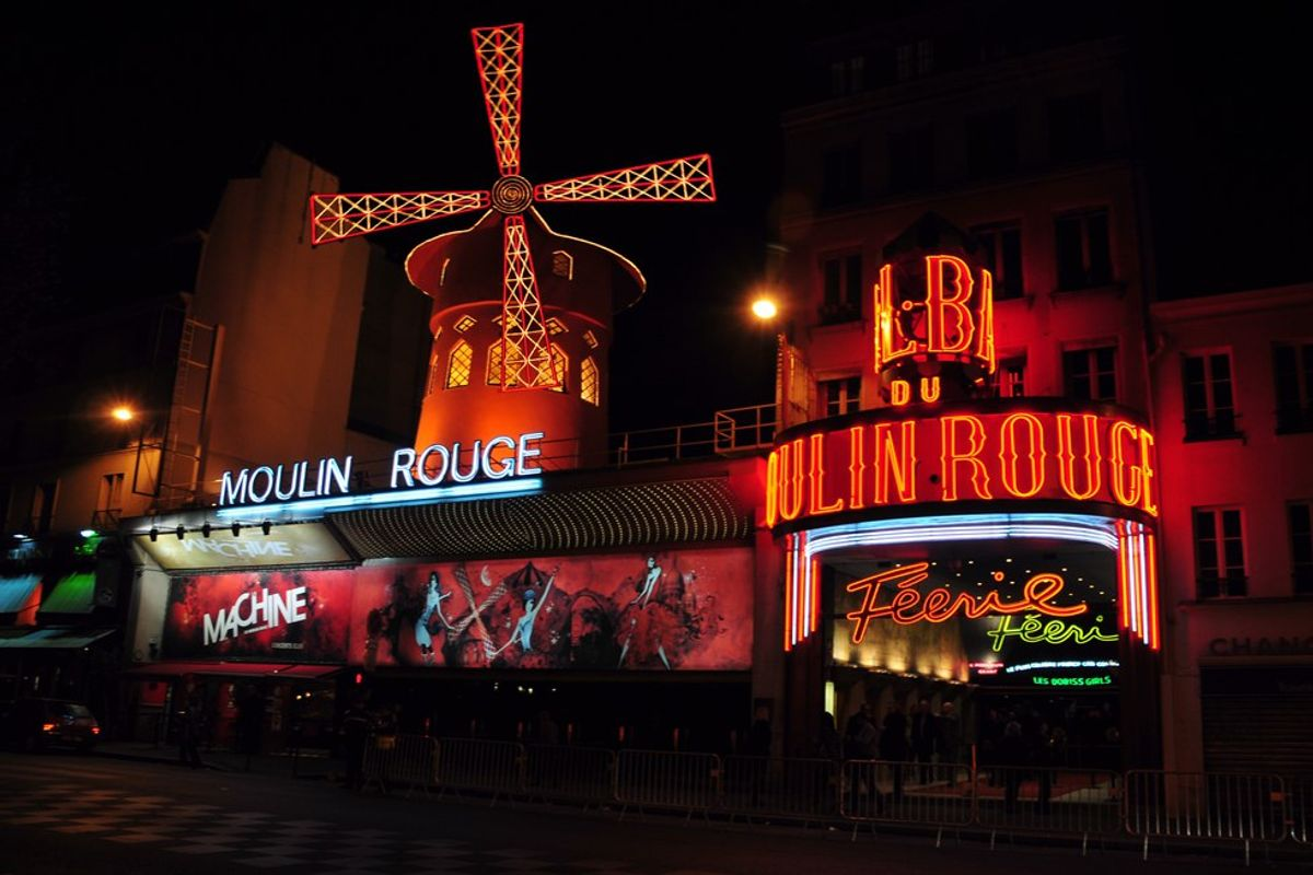 Ladies and Gentlemen: The Moulin Rouge!