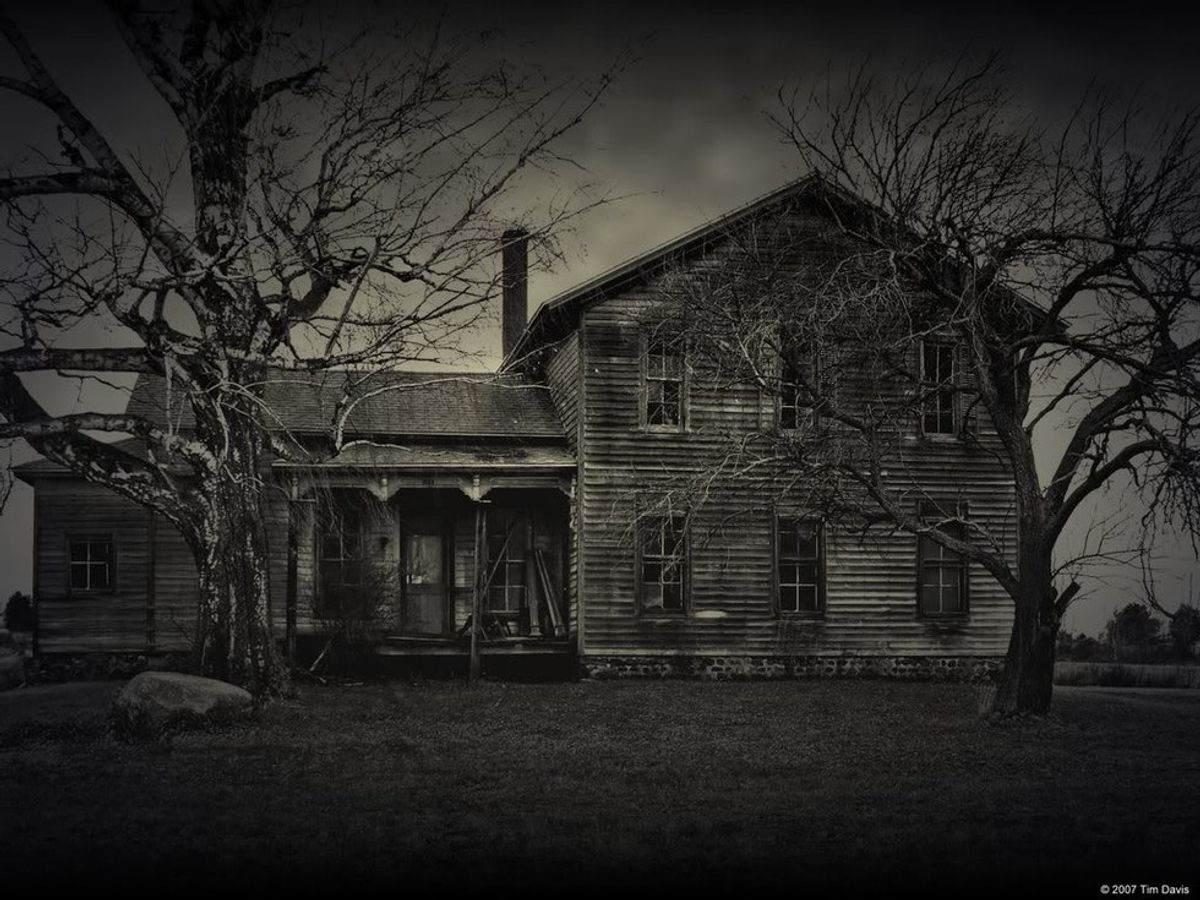Why I'm Convinced the House Next Door is Haunted