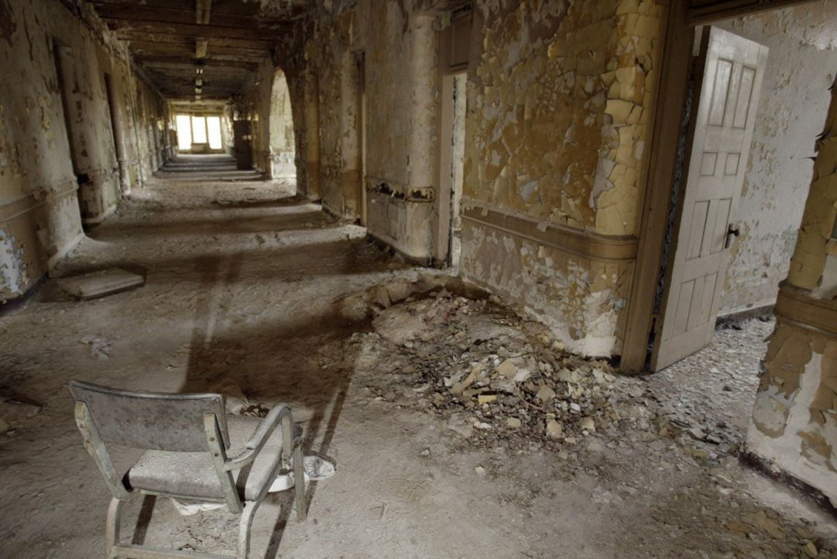 Six  Spooky Haunted Locations in New Jersey