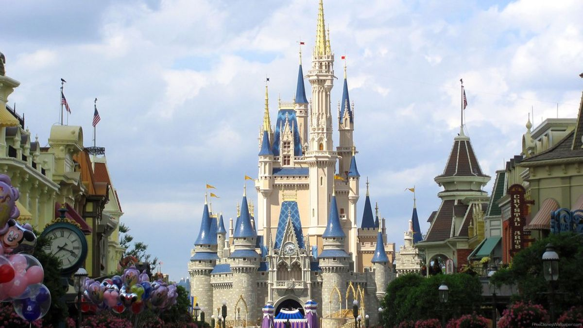 5 Kinds Of People You Will Meet At Walt Disney World