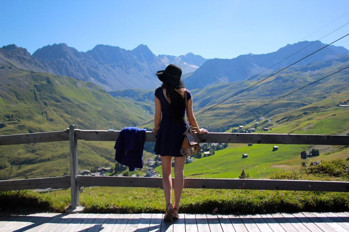 Why Everyone Should Move Somewhere Completely Alone
